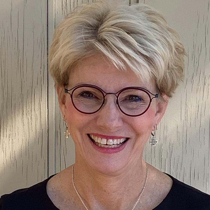 Gina Viviano, RN