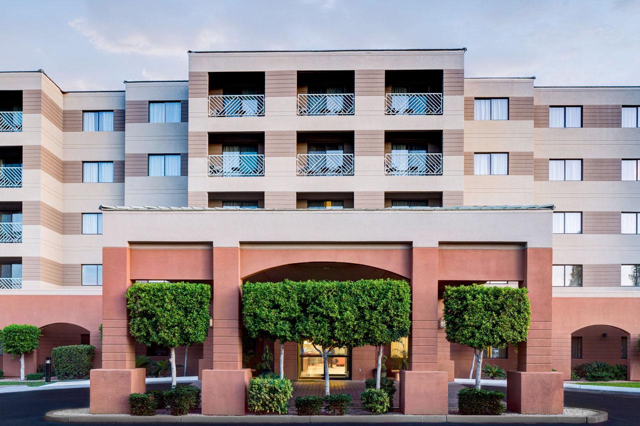 Mariott Residence Inn, Courtyard